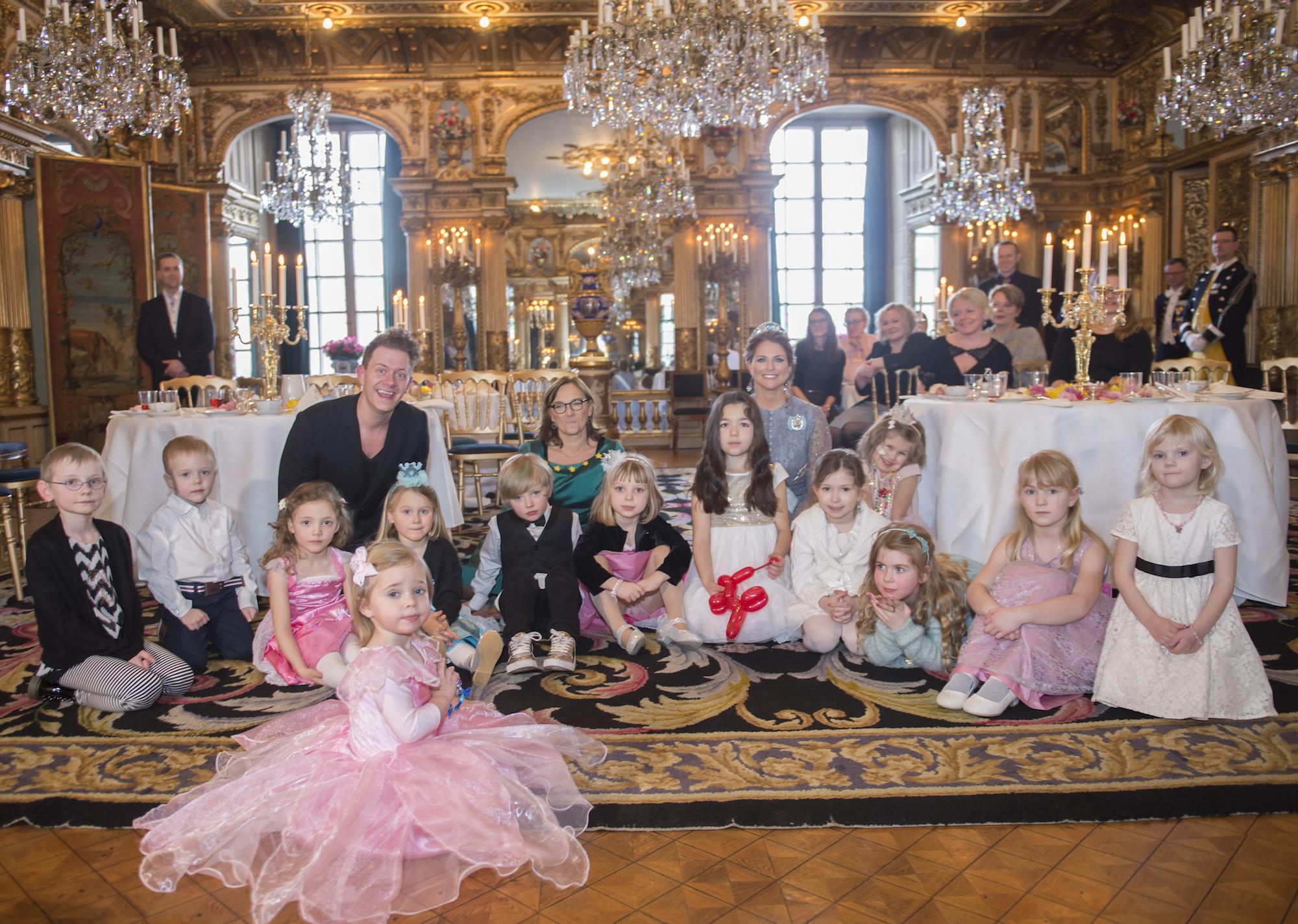 Måndagen den 22 februari 2016 arrangerade Prinsessan Madeleine, tillsammans med organisationen Min Stora Dag, ett sagokalas på Kungliga slottet. Till Kungliga slottet kom 12 barn, mellan 5–8 år, från hela landet för att vara med vid sagokalaset. Prinsessan Madeleine hälsade alla välkomna och därefter bjöds det på saft, kakor och tårta. Efter en stunds lek uppträdde Tobbe Trollkarl därefter avrundades kalaset med fiskdamm och mera lek. H.K.H. Prinsessan Madeleine / H.R.H Princess Madeleine