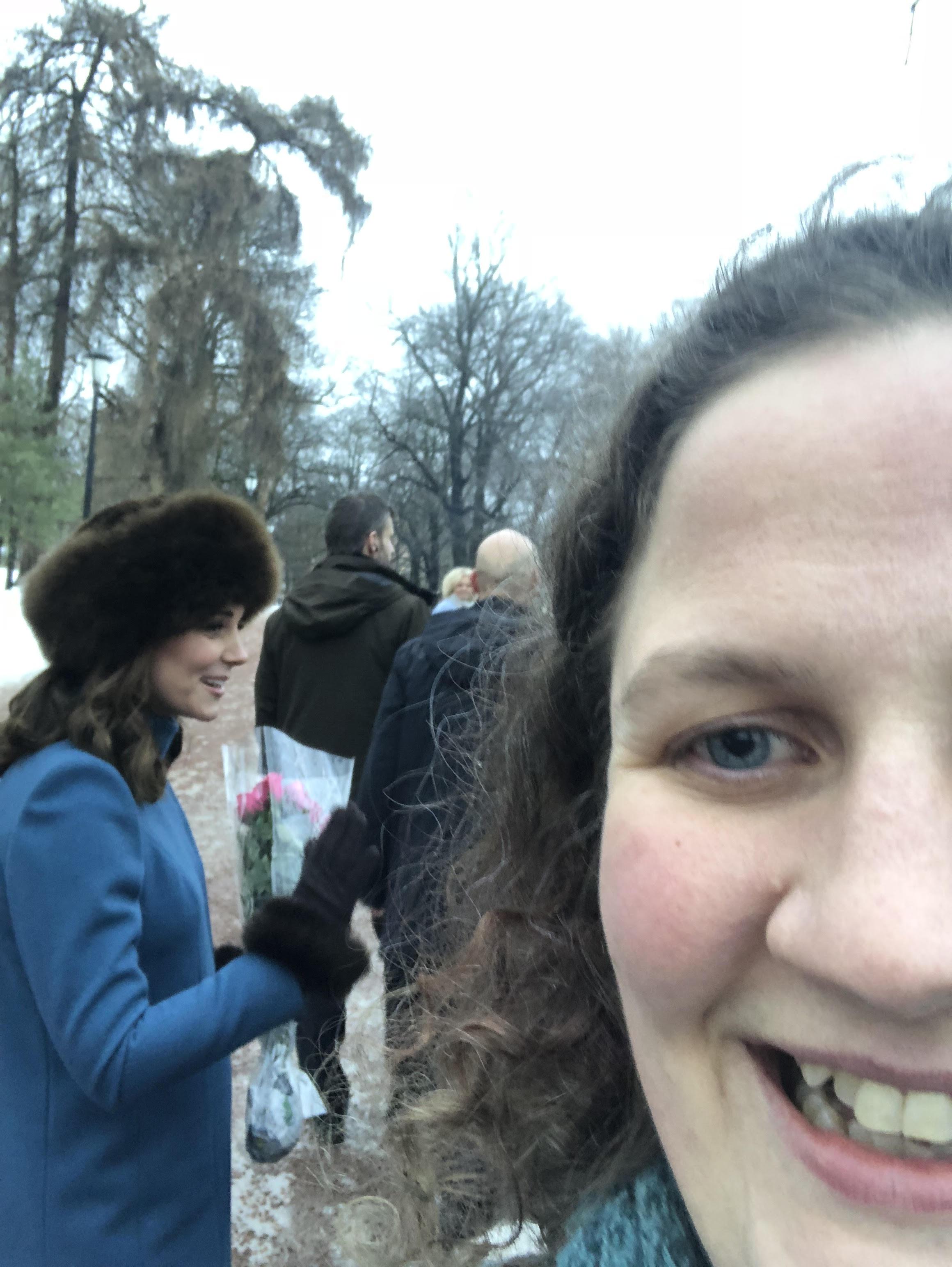 Gal dame observert på Slottsplassen